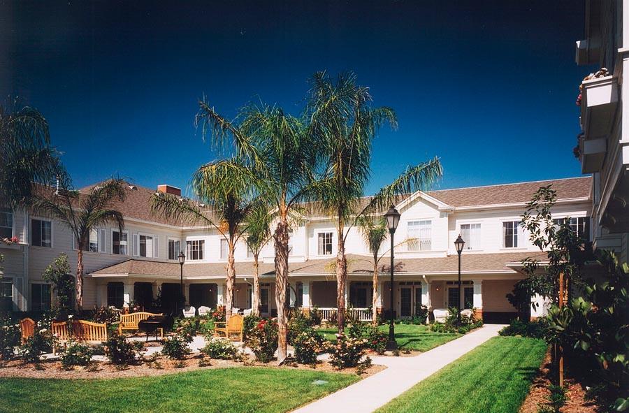 brighton-gardens-northridge-3