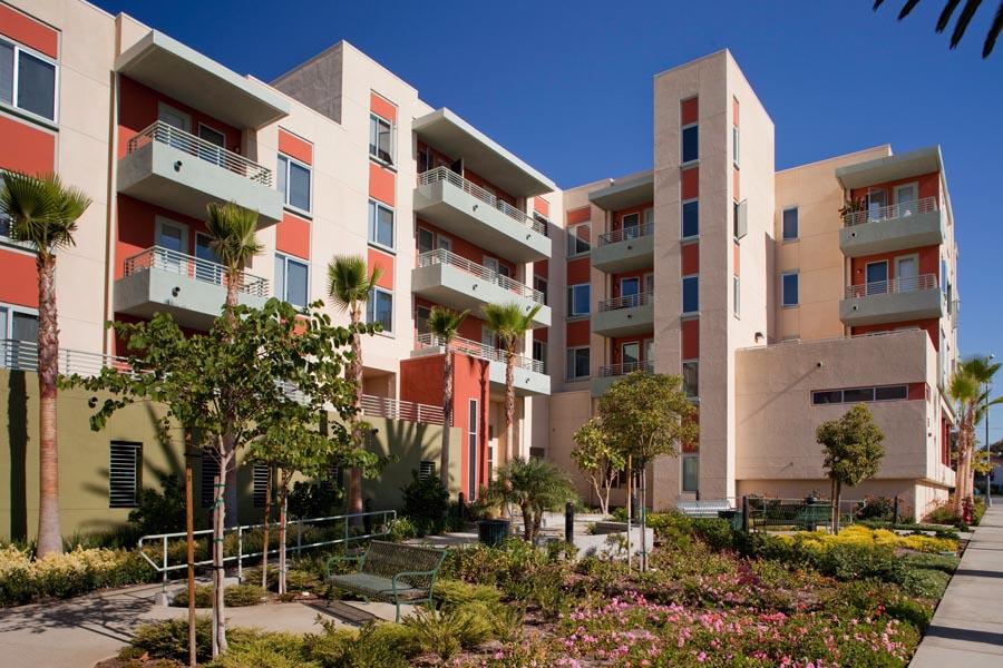 long-beach-senior-housing-3
